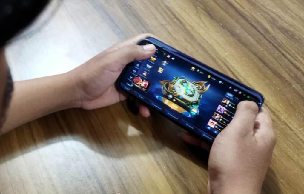 Pembelokiran game online